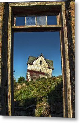 The Crooked House Metal Print by Phil Koch