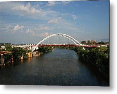 The Cumberland River In Nashville Metal Print by Susanne Van Hulst