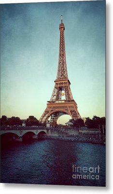 Metal Print featuring the photograph The Eifeltower by Hannes Cmarits