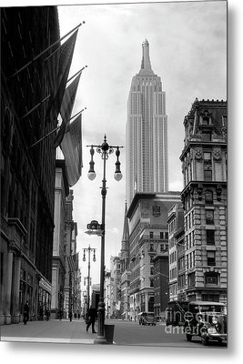 The Empire State Building Circa 1933 Metal Print