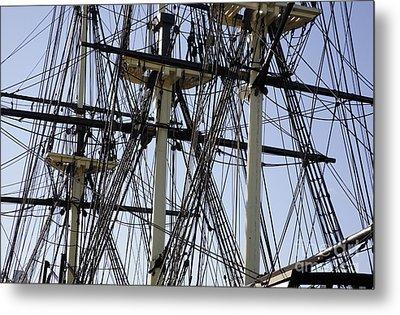 The Friendship Of Salem Tall Ship  In Salem Massachusetts Usa Metal Print by Erin Paul Donovan