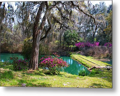 The Garden In The Abbey Metal Print by Susanne Van Hulst