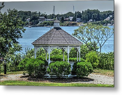 Metal Print featuring the photograph The Gazebo by Tom Prendergast