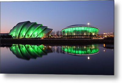 The Green Hour Metal Print by Grant Glendinning