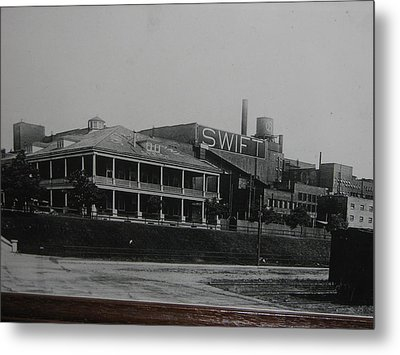 The Heartbeat Of The Stockyards Metal Print