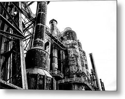 The Industrial Age At Bethlehem Steel In Black And White Metal Print by Bill Cannon