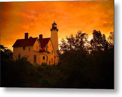 The Light At Dusk Metal Print