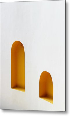 Metal Print featuring the photograph The Long And Short Of It by Prakash Ghai