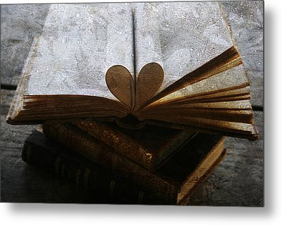 The Love Of A Book Metal Print by Georgia Fowler