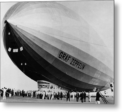 The Lz 129 Graf Zeppelin, Making Metal Print by Everett
