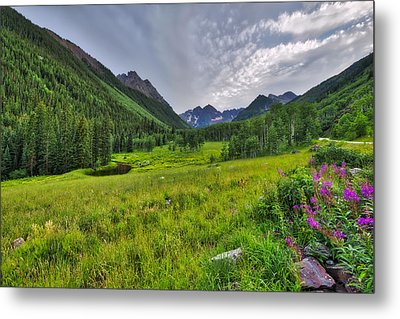 Metal Print featuring the photograph The Maroon Bells - Maroon Lake - Colorado by Photography By Sai