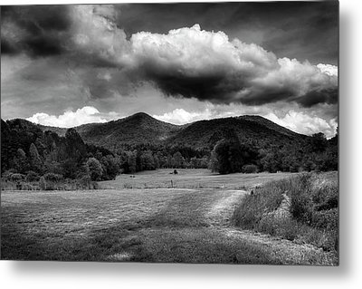 The Mountains Of Western North Carolina In Black And White Metal Print by Greg Mimbs
