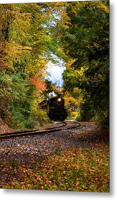 The Number 40 Rounding The Bend Metal Print by Jeff Folger