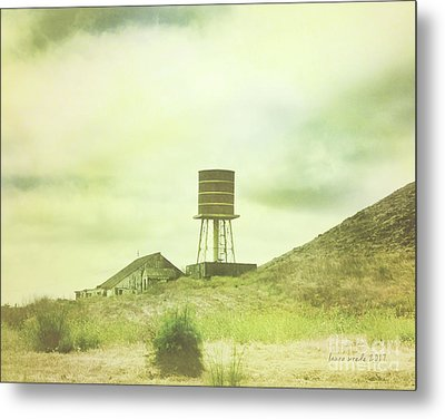 The Old Barn And Water Tower In Vintage Style San Luis Obispo California Metal Print