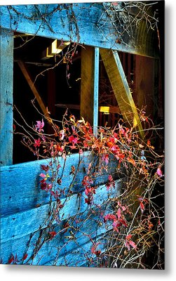 The Old Barn Wall Metal Print by Julie Dant
