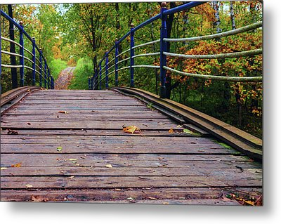 the old bridge over the river invites for a leisurely stroll in the autumn Park Metal Print