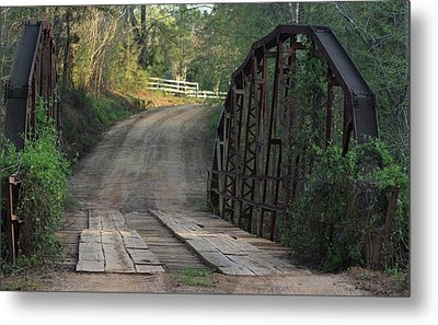 The Old Country Bridge Metal Print by Kim Henderson
