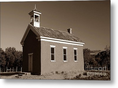 The Old Schoolhouse Metal Print by David Lee Thompson