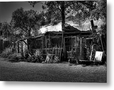 The Old Shed II Metal Print by David Patterson