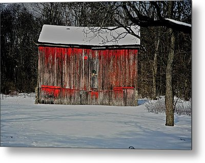The Old Weathered Barn Metal Print by Robert Pearson