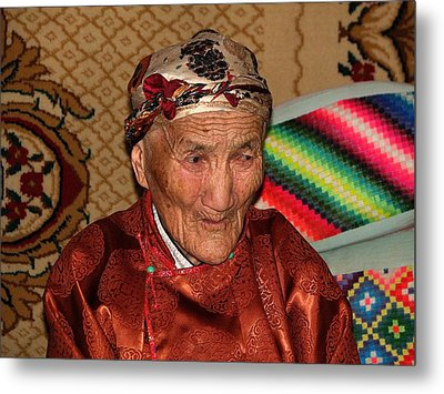 The Old Woman Of The Gobi Metal Print by Diane Height