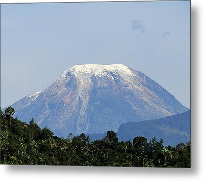 Metal Print featuring the photograph The Peak by Blair Wainman