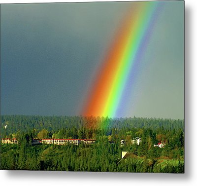 Metal Print featuring the photograph The Rainbow Apartments by Ben Upham III