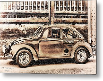 The Real Beetle Metal Print by Nicole Frischlich