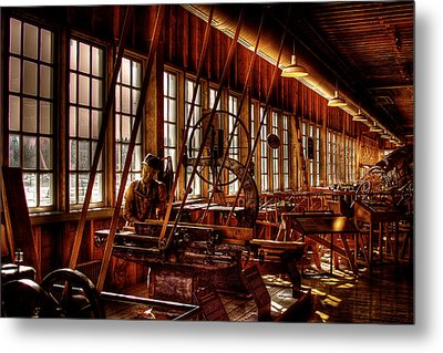 The Red Barn Of The Boeing Company Iv Metal Print by David Patterson