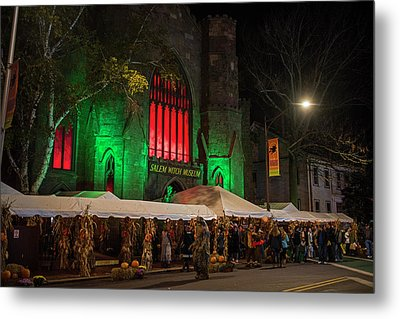 The Salem Witch Museum Halloween Weekend Salem Ma Metal Print by Toby McGuire