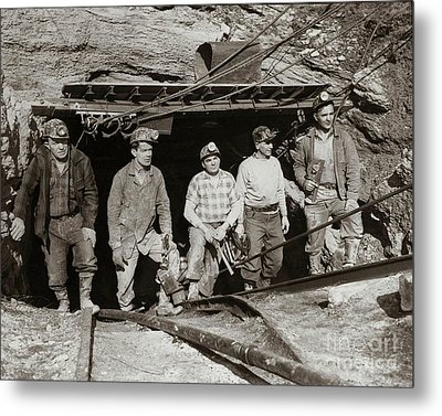 The Search And Retrieval Team After The Knox Mine Disaster Port Griffith Pa 1959 At Mine Entrance Metal Print
