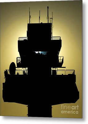 The Setting Sun Silhouettes An Air Metal Print