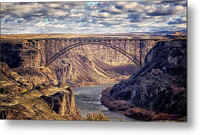 The Snake River At Twin Falls Idaho Metal Print by Michael Rogers