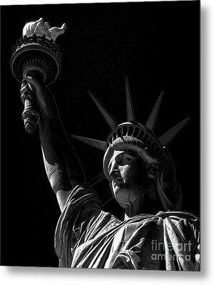 The Statue Of Liberty - Bw Metal Print by James Aiken