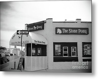 Metal Print featuring the photograph The Stone Pony - One Way by Colleen Kammerer