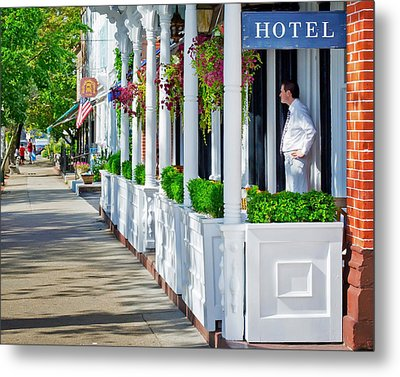 The Waiter Metal Print by Keith Armstrong
