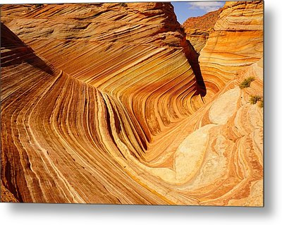 The Side Wave Metal Print