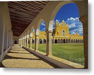 The Yellow City Of Izamal, Mexico Metal Print