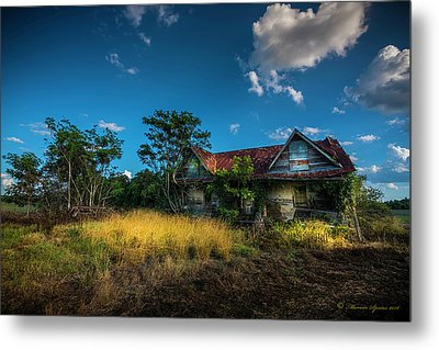 They Moved On Metal Print by Marvin Spates