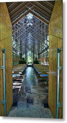 Metal Print featuring the photograph Thorncrown Chapel Entrance by Cricket Hackmann