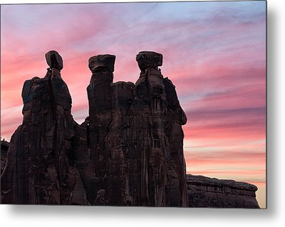 Three Gossips At Sunset Metal Print