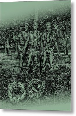 Metal Print featuring the photograph Three Soldiers Memorial by David Morefield