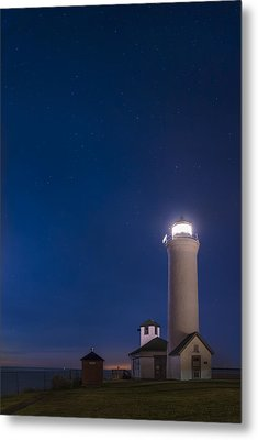 Metal Print featuring the photograph Tibbets Point Light Night by Mark Papke