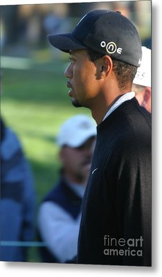 Tiger Woods IIi Metal Print by Chuck Kuhn