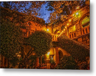 Tlaquepaque Evening Metal Print by Laura Pratt