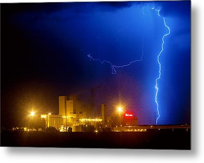 To The Right Budweiser Lightning Strike Metal Print by James BO  Insogna