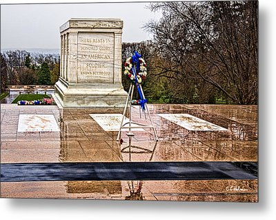 Tomb Of The Unknown Soldiers Metal Print by Christopher Holmes