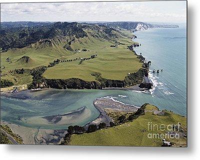 Tongaporutu Estuary Metal Print by G. R. Roberts