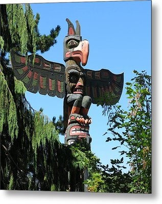 Totem Pole Metal Print by Betty Buller Whitehead