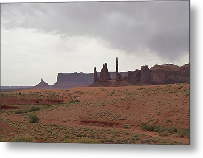 Totem Pole, Monument Valley Metal Print by Gordon Beck